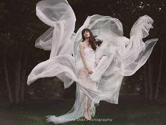 500px / Photo White Breeze by Amanda Diaz