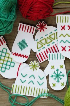 DIY Christmas Cards Ideas - Yarn Art Christmas Card You are in the right place about kids christmas Kids Crafts, Holiday Crafts For Kids, Crafts For Kids To Make, Christmas Activities, Christmas Crafts For Kids, Art For Kids, Kids Fun, Holiday Fun, Christmas Yarn