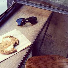 Quick snack | #cookie #vogueeyewear #stylemiles #fashion #beauty #sunglasses #beauty