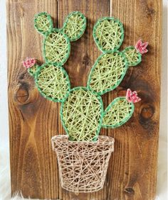 Take a look at these 12 very inspiring String Art models - Decoration - Tips and Crafts Cactus Craft, Cactus Decor, Cactus Cactus, Indoor Cactus, Nail String Art, String Crafts, String Art Patterns, Creation Deco, Paper Embroidery