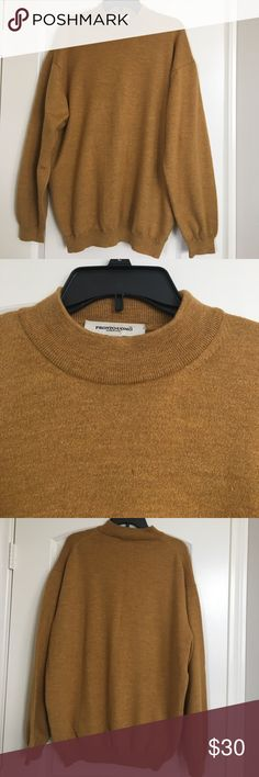 **NEW LISTING**  Pronto Uomo 100% Wool Sweater This beautiful sweater is made of 100% Merino extra fine wool.   It is extra soft to the touch and feels wonderful against the body.  It has a mock neck and is nice and warm from top to bottom.  Gently worn with no flaws. Pronto Uomo Sweaters