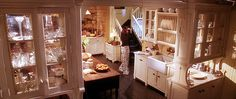 "On The Set' Design: ""Practical Magic"" 