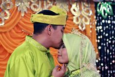 Day 28: Destiny (Malay wedding) Malay Wedding, Project 365, Photography Projects, Destiny, Captain Hat, Wedding Inspiration, Couple Photos, Couples, Funny
