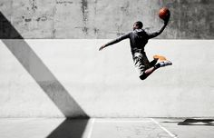 Brian Lowe polished sport and lifestyle photographer Basketball Posters, Love And Basketball, Basketball Teams, Basketball Photography, Sport Photography, Foto Sport, Pont Paris, Street Basketball, Fitness Photoshoot