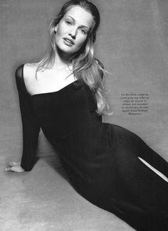 """Vogue Paris April 1993 """"Lignes directe"""" Photographer: Christopher Griffith Fashion Editor: Marie-Amélie Sauvé Model: Karen Mulder"""