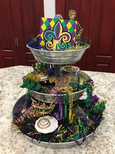 Mardi Gras themed tiered tray - Mardi Gras tiered tray Mardi Gras tiered tray Mardi Gras tiered tray Welcome to our website, We hop - Mardi Gras Centerpieces, Mardi Gras Decorations, Festival Decorations, Mardi Gras Outfits, Mardi Gras Costumes, Mardi Gras Food, Mardi Gras Party, Madi Gras, Tiered Stand