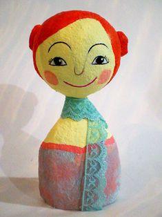 Boneca, uma escultura em papel maché. Aprenda a fazer.