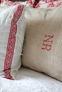 Bedroom: pillowcases