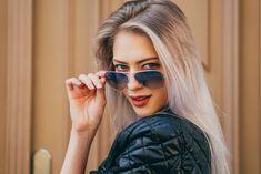 Mirrored Sunglasses, Sunglasses Women, Most Beautiful, Ray Bans, The Originals, Hot, Fashion, Moda, Fashion Styles