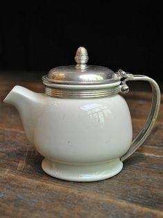 Vintage California Zephyr Ceramic Beverage Pot California Zephyr, Vintage California, Trains, Tea Pots, Beverages, Ceramics, Coffee, Tableware, Ceramica