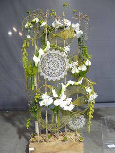 NK bloemschikken 2017 Pikant Deco Floral, Arte Floral, Floral Design, Flower Room Decor, Flower Decorations, Altar Flowers, Dried Flowers, Xmas Crafts, Decor Crafts