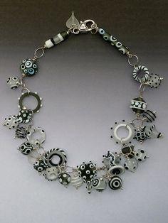 Hey, diesen tollen Etsy-Artikel fand ich bei https://www.etsy.com/de/listing/262102458/candy-necklace-handgemachte-murano