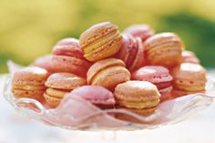 French almond macarons are perfect for an afternoon tea. Macarons and tea are amazing Almond Macaroons, French Macaroons, My Recipes, Sweet Recipes, Favorite Recipes, Recipies, French Macarons Recipe, Paleo, Macaroon Recipes