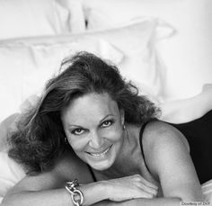 Diane von Furstenberg opens up about her two new books and reality show, 'House of DVF'. Peter Lindbergh, Diane Kruger, Reality Tv Shows, Girl Face, Role Models, Style Icons, Personal Style, Beautiful Women, Beautiful People