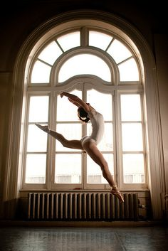 Ballet. Great curves in this jump.