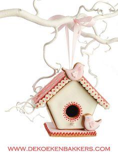 #Cookie Birdhouse
