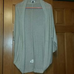Tan Cardigan Fashionable Tan Cardigan worn less than half a dozen times! Great condition! Old Navy Sweaters Cardigans