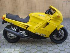 Ducati Paso 906 Yellow