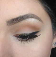 The same technique works with metallics too. | 15 Ways To Amp Up Your Eyeliner Game