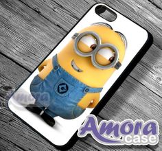 Despicables minion - iphone 4 case - iPhone 4/4s/5 Case - Samsung Galaxy S3/S4 Case - Blackberry Z10 - Black or White on Etsy, $15.00