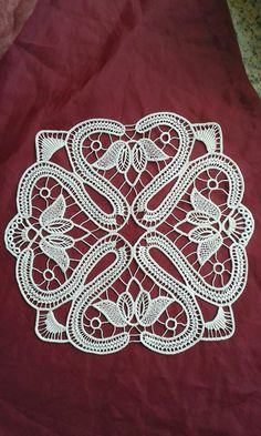 This Pin was discovered by Nur Russian Crochet, Japanese Crochet, Irish Crochet, Crochet Cord, Form Crochet, Crochet Lace, Lace Patterns, Textile Patterns, Crochet Patterns