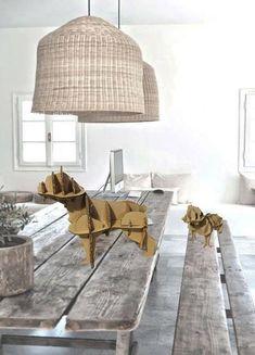 Bulldog inglese di cartone organizzare tavolo di bottegadicartone