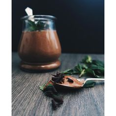 Cacao Mint Mousse. Get this and 20+ more Raw Desserts recipes at https://feedfeed.info/raw-desserts