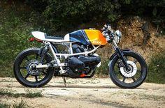 Cagiva 350. A mini Ducati Pantah.