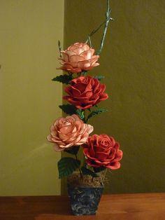 Rosas feitas com eva.