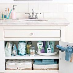 Hier sind ein paar praktische und coole Badezimmer Organisation Ideen. Es ist nicht das erste Mal, das wir Ihnen kreative Bade...