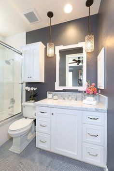 Bathroom renovation ideas / bar - Find and save ideas about bathroom design Ideas on 65 Most Popular Small Bathroom Remodel Ideas on a Budget in 2018 This beautiful look was created with cool colors, marble tile and a change of layout. Home Renovation, Home Remodeling, Kitchen Remodeling, Bedroom Remodeling, Remodeling Companies, Remodeling Contractors, Beautiful Small Bathrooms, Small Elegant Bathroom, Modern Bathrooms