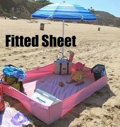 Fitted sheet for sandfree space on beach