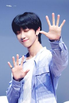 Read ✦ from the story 徐明浩 (Xú Mínghào) by -dumboyeol (「 J. Woozi, Jeonghan, Wonwoo, Seungkwan, Carat Seventeen, Seventeen Debut, Hip Hop, Seventeen Minghao, Grunge