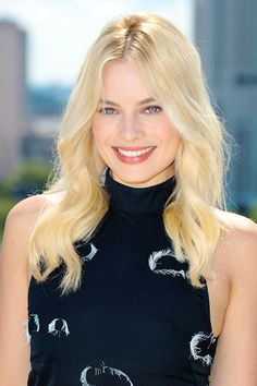 Everything Margot Robbie! Atriz Margot Robbie, Margot Elise Robbie, Margo Robbie, Actress Margot Robbie, Margot Robbie Harley Quinn, Beautiful Smile, Beautiful Women, Beauté Blonde, Colored Wigs