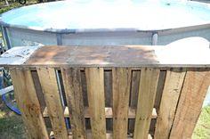 Poolside Pallet Bar 2019 Poolside Pallet Bar The post Poolside Pallet Bar 2019 appeared first on Pallet ideas. Pallett Deck, Pallet Decking, Pallet Bar, Pool Deck Plans, Pergola Plans, Above Ground Pool, In Ground Pools, Diy Pallet Projects, Wood Projects