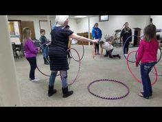 Kids hula hoop games, Hoop Tunnel - YouTube