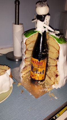 This birthday cake. | The 23 Most Wonderfully Scottish Things That Have Ever Happened