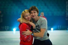 Alexei Yagudin and Tatiana Totmianina Ice Skating, Figure Skating, Male Figure, Russia, Skates, Couple Photos, Couples, Men