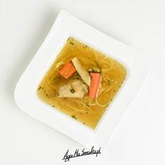 zdrowy rosół wegański warzywny wywar zdrowy obiad Plant Based Recipes, Thai Red Curry, Food And Drink, Fruit, Cooking, Ethnic Recipes, Soups, Gardening, Eat