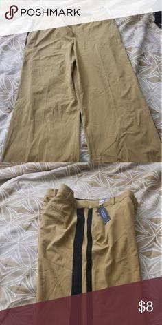 90083c129e894 Plus size women s slacks Wide leg (black) stripped dress slacks Lane Bryant Pants  Trousers