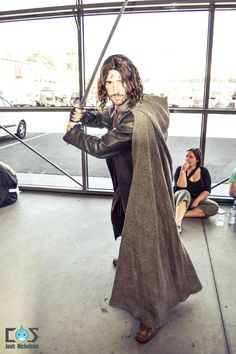 Aragorn from Lord of the Rings cosplay at Melbourne Supanova 2012, Day 2