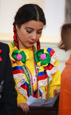 https://flic.kr/p/fVSH48 | Modesty | As the previous image this was taken from the traditional Mariachi service of the Mexican community of Hamburg at St. Michaelis church.