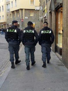 Polizia ~ Italia!!!