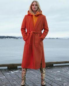 'Skam'-Noora rammer stort amerikansk modemagasin – fremviser norske tøjmærker / Nyhed