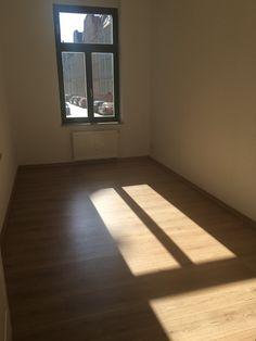 WG Wohnung zu Miete 3 oder 4er WG mit Ostbalkon und Dusch- und Wannenbad...