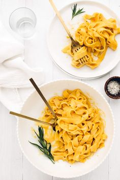 Vegan Sweet Potato Cream Pasta Comfort + ease wrapped up in one creamy, luxurious, and nourishing plant-based meal! Sweet Potato Sauce, Sweet Potato Pasta, Pasta Recipes, Cooking Recipes, Shrimp Recipes, Cream Pasta, Pesto, Vegan Pasta, Foodblogger