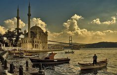 Istanbul is not a city like all the rest! Located at the point where Europe meets Asia, Istanbul spans both continents and is the place w. Oh The Places You'll Go, Places To Travel, Places To Visit, Travel Destinations, Beautiful World, Beautiful Places, Istanbul Tours, Istanbul Guide, Istanbul City