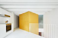 Having stumbled across a run-down Barcelona residence hiding three Brazilian street scene murals, a client of Brazilian origin herself called on architect Raúl Sánchez to renovate the property into her home.