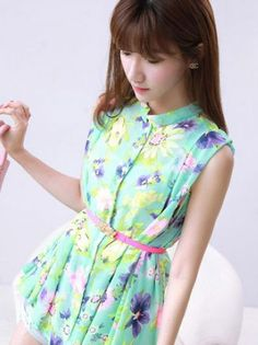Floral stand collar chiffon sleeveless blouses