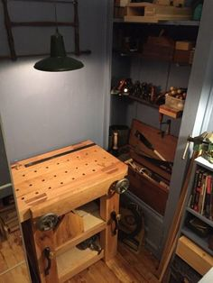 Woodworking For Kids Finally, I wanted to share some pics of my petit Roubo bench and the corner of my home office I chipped away for handtool woodworking. Woodworking Bench Plans, Woodworking For Kids, Woodworking Workshop, Easy Woodworking Projects, Woodworking Shop, Wood Projects, Woodworking Patterns, Woodworking Jigsaw, Woodworking Furniture
